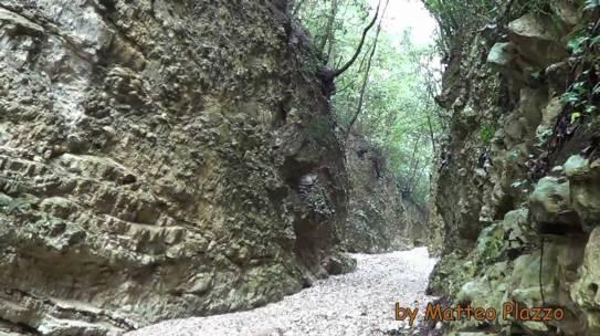 Trekking in canyon: il torrente Romandato